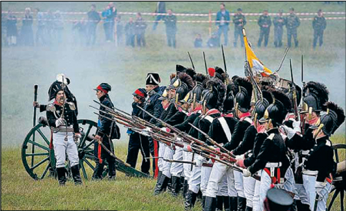 На Бородинском поле воюют и
