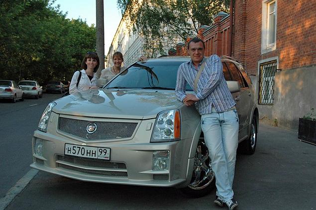 Владельцем автомобиля, устроившего аварию, является 31-летний Алексей Русаков.