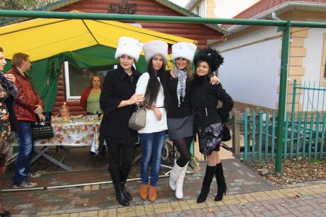 Красавицы побывали на экскурсии в станице Старочеркасской