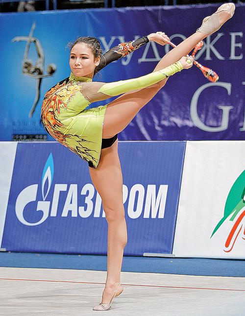 На Ляйсан возлагали олимпийские надежды, но травма ноги перечеркнула ее блестящую спортивную карьеру.