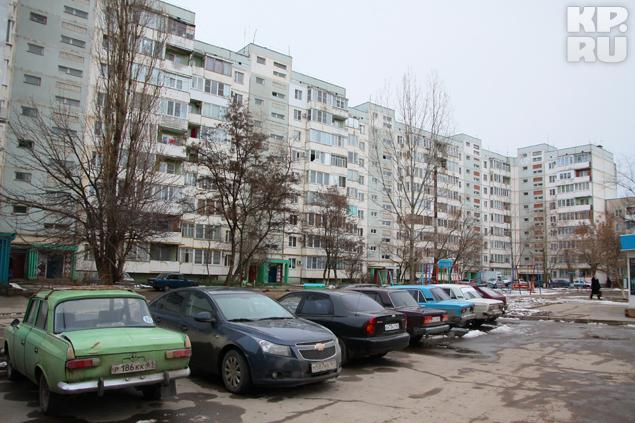 Многоэтажка, в которой живет отец Юлии.