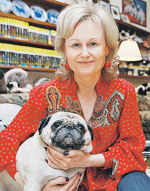 Состояние детективщицы Дарьи Донцовой (в миру - Агриппина Васильева) приблизительно $20 миллионов.