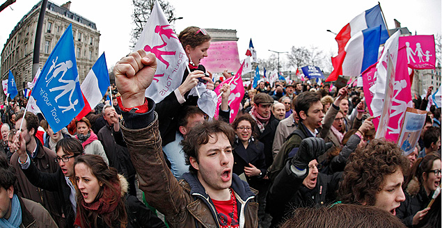 Многотысячный митинг против легализации однополых отношений в Париже.