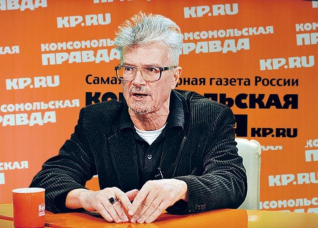 Писатель, философ, бунтарь Эдуард Лимонов: «Теперь вот Навальный. Душка! Смотреть приятно! Совсем как кандидат в американские президенты».