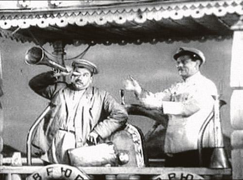 Роль бюрократа Бывалова спасла Игоря Ильинского от ареста - Сталин пощадил полюбившегося артиста.