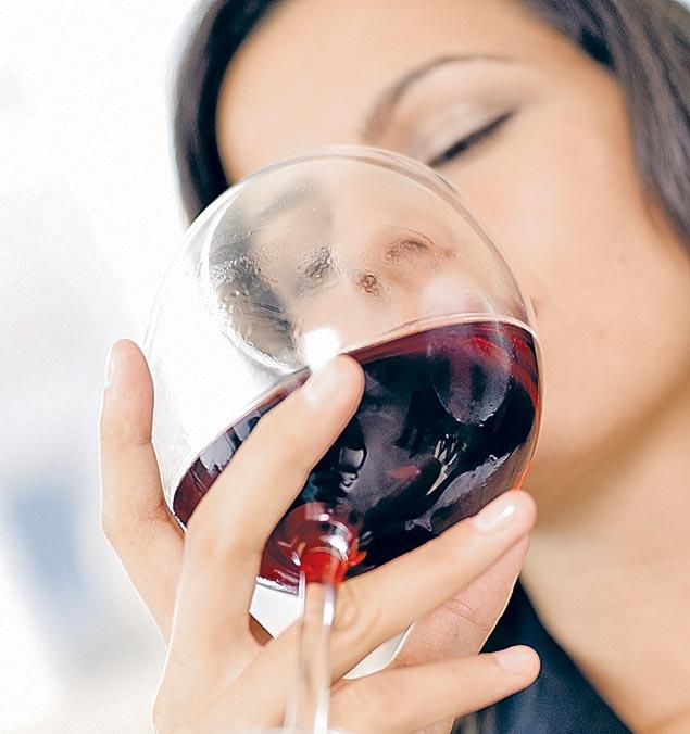 Даже бокал легкого вина может стать причиной тяжелых последствий.