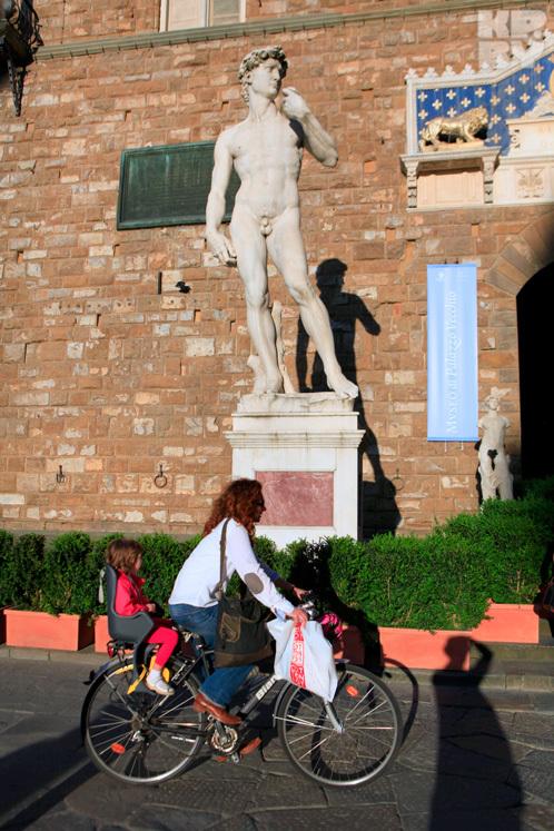 Копия Давида Микеланджело на Площади Синьории во Флоренции.