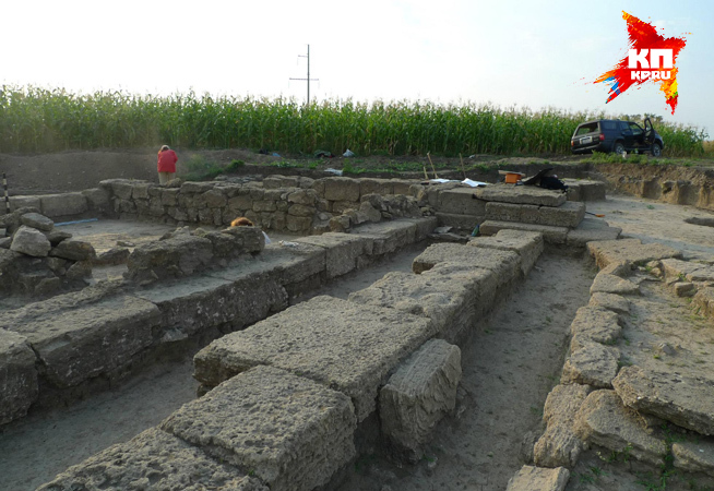 Храм Деметры, который пришлось потом