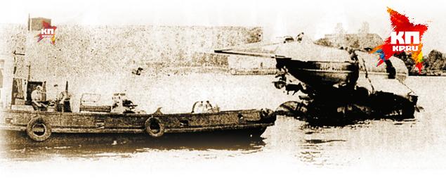 Ту-124 после невероятного приводнения на Неве 21 августа 1963 года.