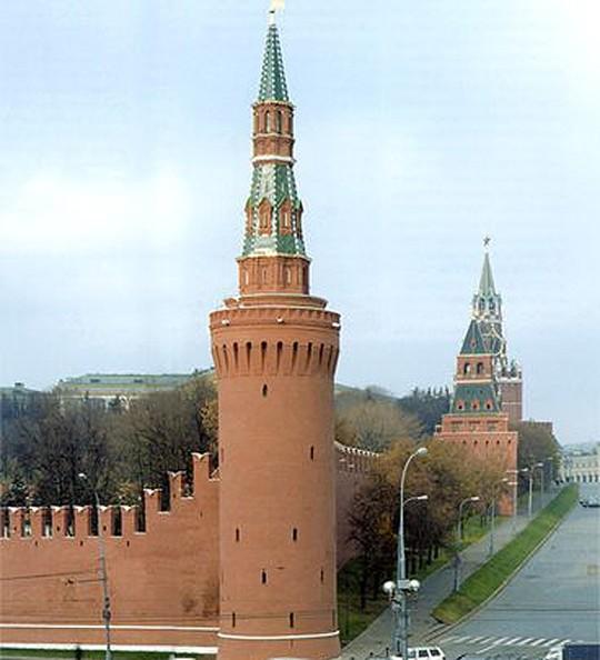Это одна из немногих башен