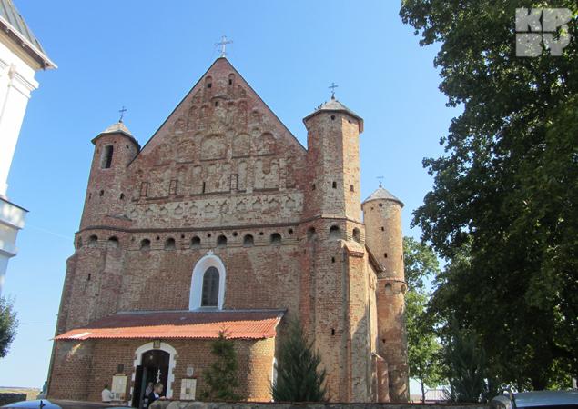 На стенах Сынковичской церкви были найдены надписи первой половиной XII столетия