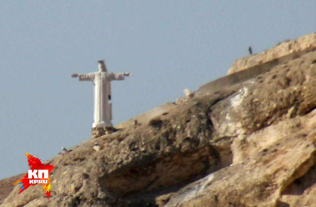 Статуя Иисуса Христа над Маалюлей.