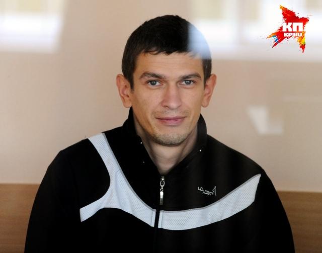 Полицейский Алексей Лоскутов, чью свадьбу отмечали в ту трагическую ночь полицейские.