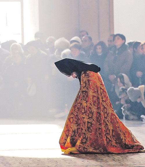 Армения веками живет в окружении мусульманских стран. Она всегда была рядом с Россией, ее форпостом в регионе.