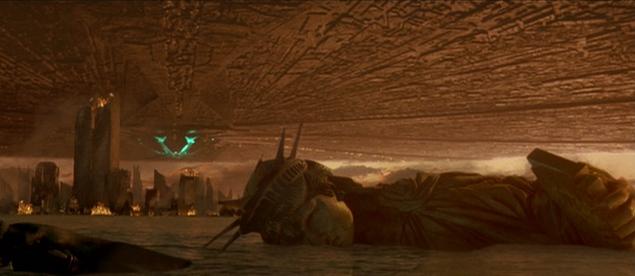 У фільмі режисера Роланда Еммеріха «День незалежності» символ Америки зруйнував ніхто інший, як інопланетяни