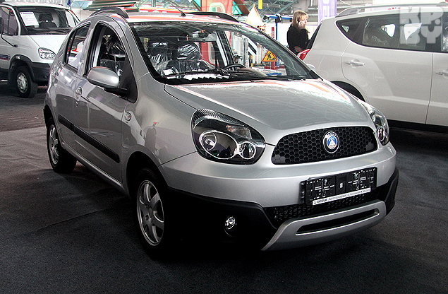 Geely LC CROSS.