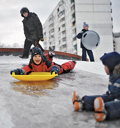 В Подмосковье пришла настоящая русская зима...