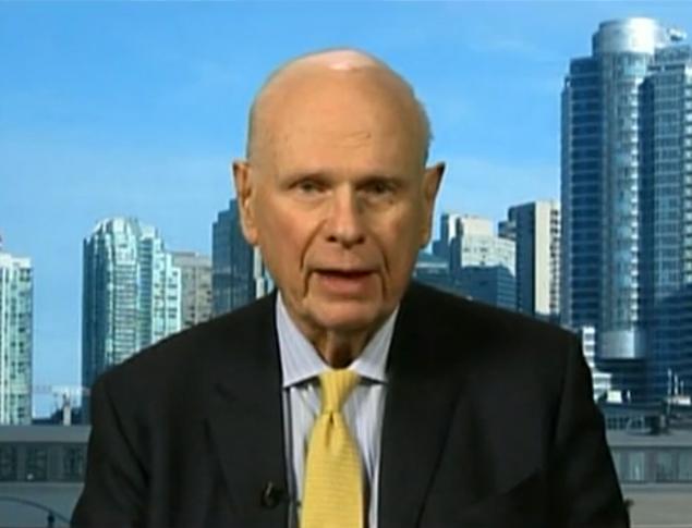 Пол Хеллье, бывший министр обороны Канады, не сомневается в том, что инопланетяне существуют