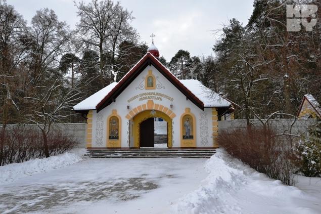 Иногда от долгов люди бегут в монастырь