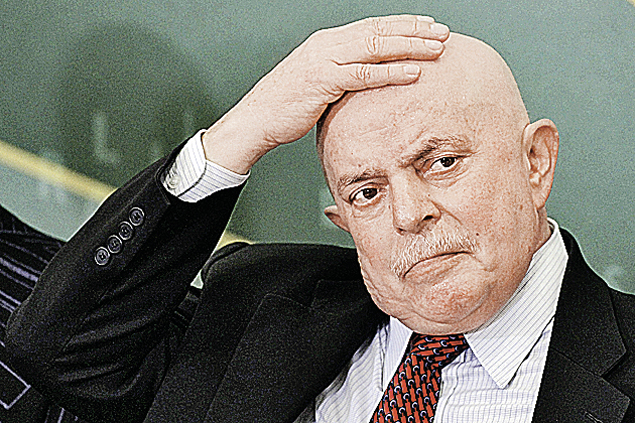 Экс-президент Бразилии Лула да Силва. Диагноз: рак гортани. В ремиссии после курса химиотерапии.