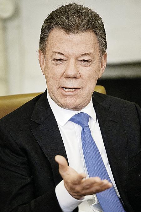 Президент Колумбии Хуан Сантос. Диагноз: рак простаты. Излечился после операции.