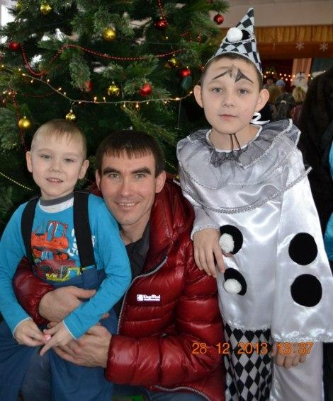 Кирилл Михайлов с сыновьями