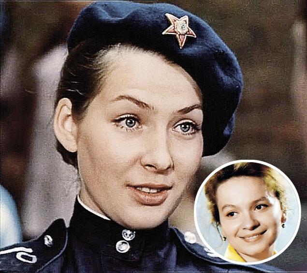 Наталья Данилова и ее «голос» Наталья Рычагова (в кружке).