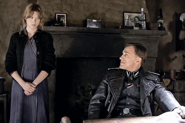 Сняться у Тарантино - честь для любого актера. Леа удалось засветиться в стартовом эпизоде «Бесславных ублюдков» (в кадре с Кристофом Вальцем).