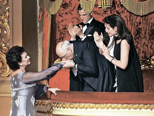 Семья Ростроповичей на юбилее Галины Вишневской в Большом театре (2001).