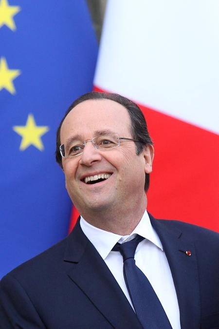 Валери Триервейлер  стала подругой жизни президента Франции Франсуа Олланда в 2007 году, официально пара в браке не состояла.