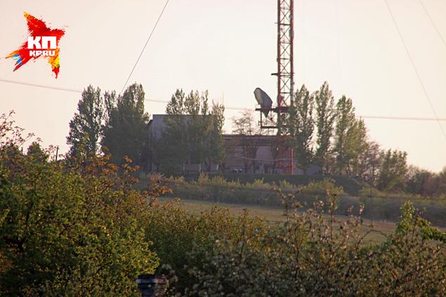 Ретрансляционная станция на высоте Карачун. Здесь отключают российские телеканалы Фото: Александр КОЦ, Дмитрий СТЕШИН