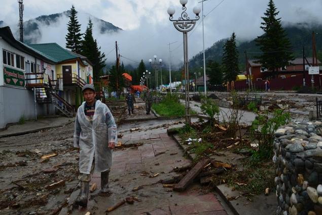 часов в Аршане шел дождь