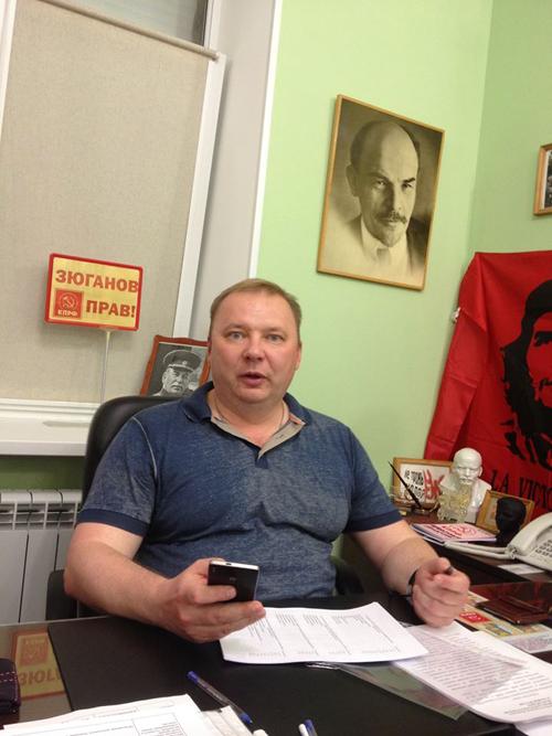 Главный коммунист области депутат Госдумы Николай Паршин доказывает обозревателю «КП»,  что без Сталина городу не обойтись...