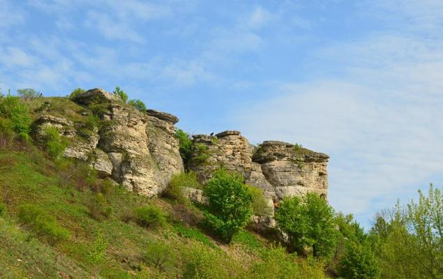 Скалы на реке Воргол