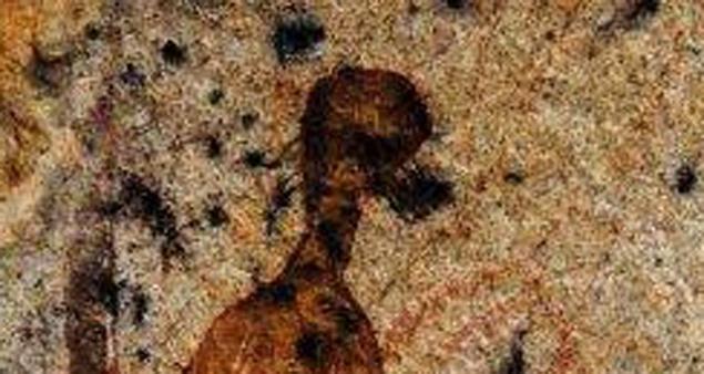В индии обнаружены древние наскальные