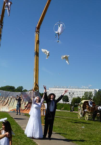 Витебск гулял на свадьбе Марка и Беллы, фото-1