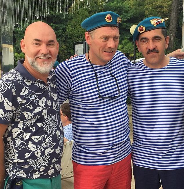 Дмитрий Песков На Второй День Свадьбы Надел Тельняшку Он