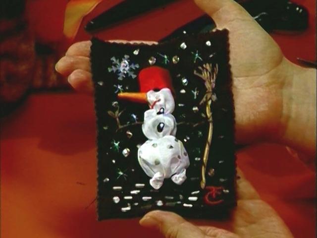 Тютелька в тютельку: Новорождённый снеговик