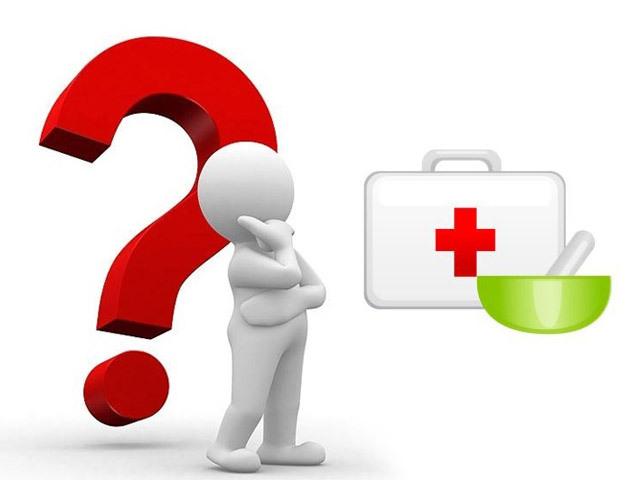 При каких симптомах следует обратиться к врачу-проктологу? Чем опасно самолечение?