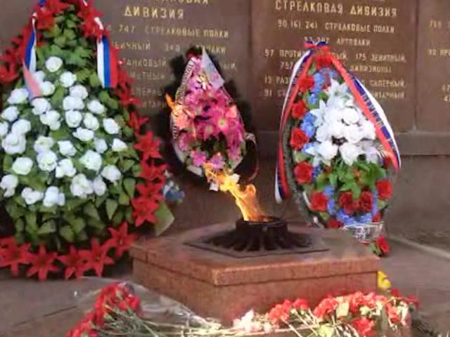 Севастополь: на почетной вахте у мемориала Героям обороны Севастополя снова дежурят курсанты
