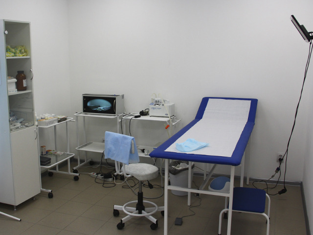 Как проходит обследование у врача-проктолога?