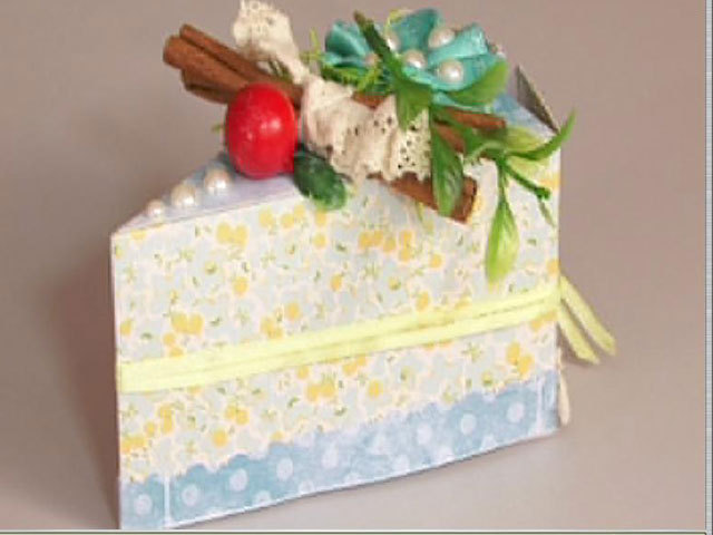 Мастерок с Дашей Кичигиной: делаем бумажный...торт-сюрприз