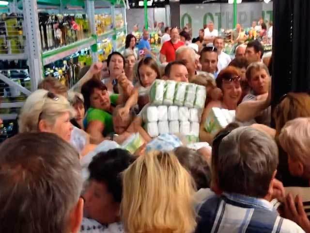 В Бресте покупатели чуть не подрались из-за скидок на сахар