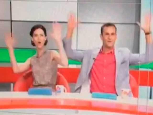 Ведущие СТВ устроили танцы прямо в эфире