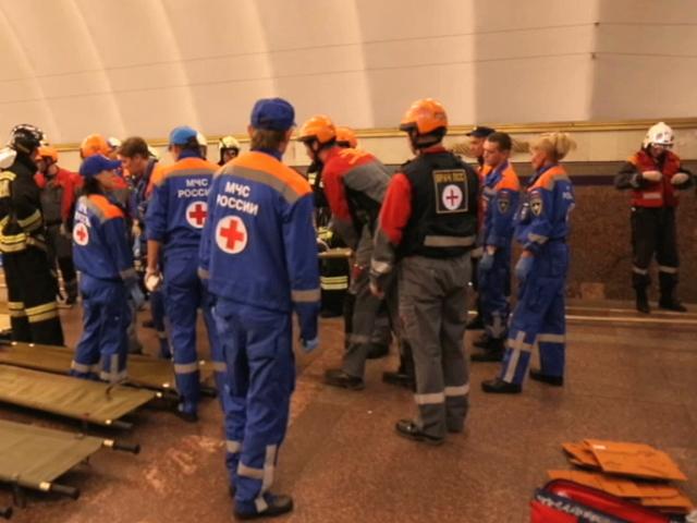 В Санкт-Петербурге МЧС провело учения по сценарию московской трагедии в метро