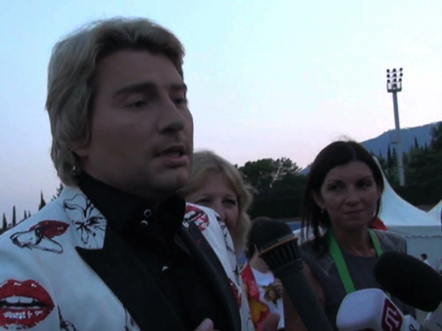 Николай Басков: «Мы росли на гречке, не зная хамона и устриц. Поэтому никакие санкции нам не страшны!»