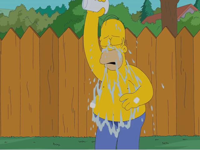 Гомер Симпсон облился холодной водой