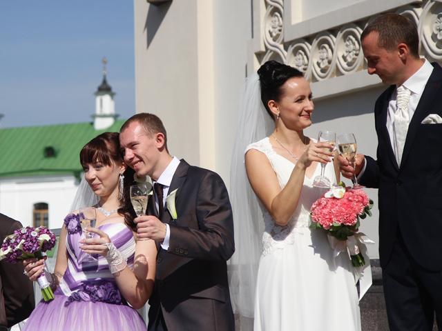 9 свадеб в День города