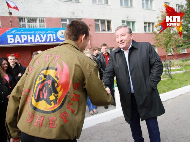 Визит врио губернатора Алтайского края на избирательный участок (14 сентября 2014 год)