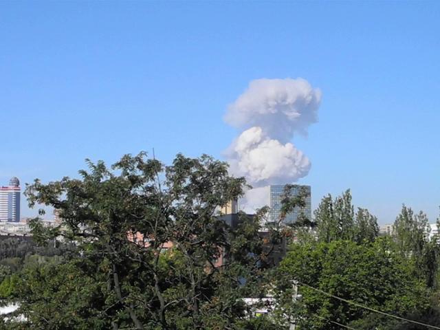 Два мощных взрыва прогремели в Донецке